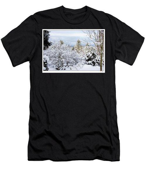 Saratoga Winter Scene Men's T-Shirt (Athletic Fit)