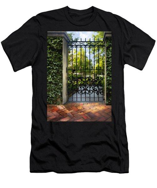 Savannah Gate II Men's T-Shirt (Athletic Fit)