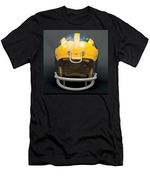 Scarred 1970s Wolverine Helmet Men's T-Shirt (Athletic Fit)