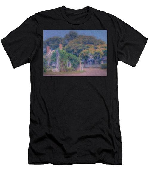 Sconset Cottages Nantucket Men's T-Shirt (Athletic Fit)