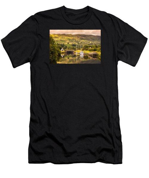 Scottish Loch 3 Men's T-Shirt (Athletic Fit)