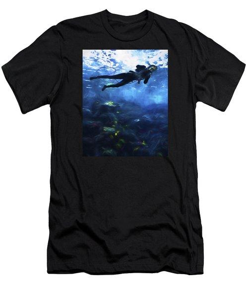 Scuba Diver Men's T-Shirt (Athletic Fit)