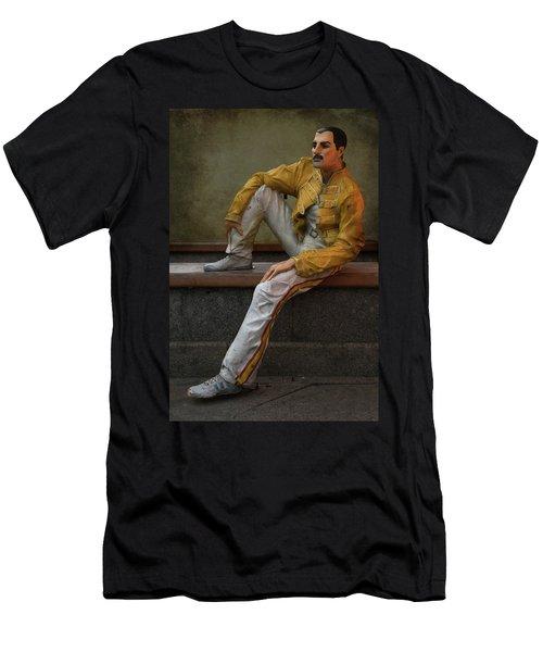 Sculptures Of Sankt Petersburg - Freddie Mercury Men's T-Shirt (Athletic Fit)
