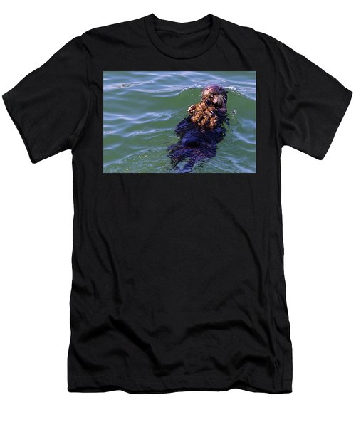Sea Otter With Lunch Men's T-Shirt (Athletic Fit)