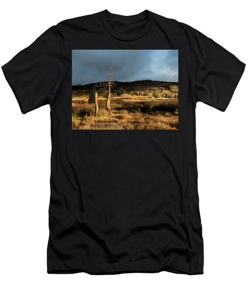 Season Of The Witch Men's T-Shirt (Athletic Fit)