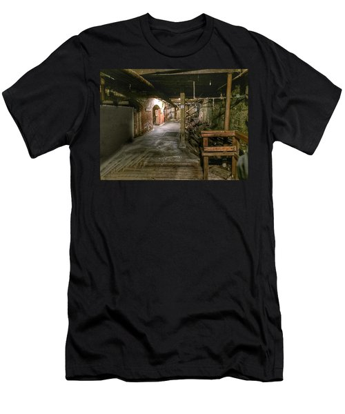 Seattle Underground Men's T-Shirt (Athletic Fit)