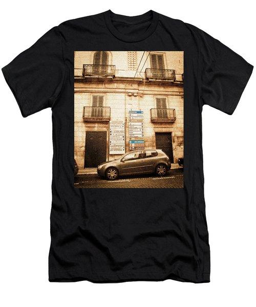 Segnali Stradali Men's T-Shirt (Athletic Fit)