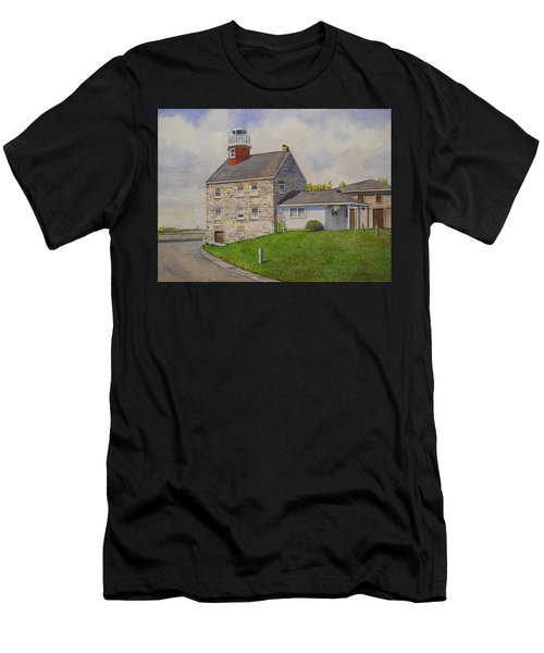 Selkirk Lighthouse Men's T-Shirt (Athletic Fit)