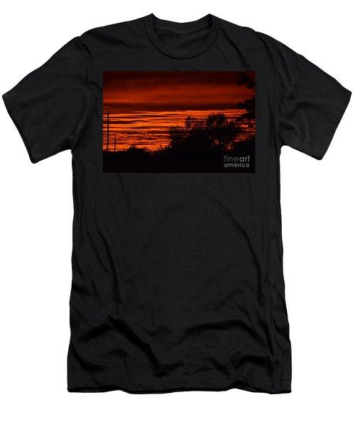 September Kansas Sunset Men's T-Shirt (Athletic Fit)
