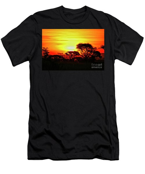 Serengeti Sunset Men's T-Shirt (Athletic Fit)