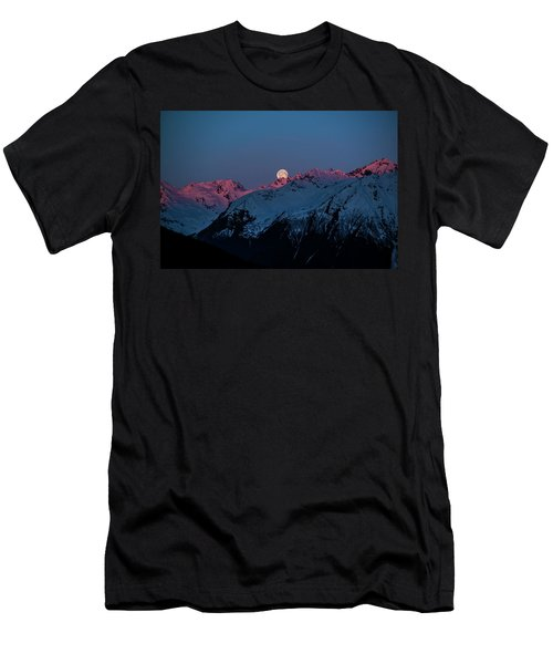 Setting Moon Over Alaskan Peaks Iv Men's T-Shirt (Athletic Fit)