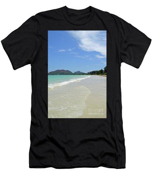 Seychelles Islands 6 Men's T-Shirt (Athletic Fit)