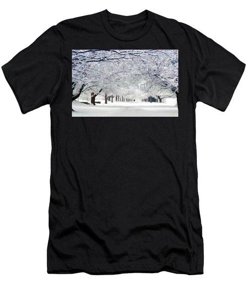 Shaker Winter Walkway Men's T-Shirt (Athletic Fit)