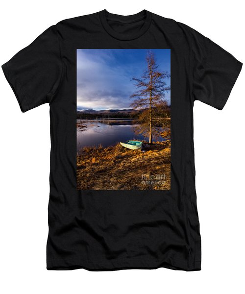 Shaw Pond Sunrise Men's T-Shirt (Athletic Fit)