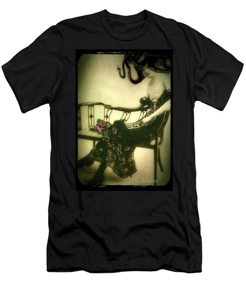 She Wore An Octopus On Her Head For A Hat Men's T-Shirt (Athletic Fit)