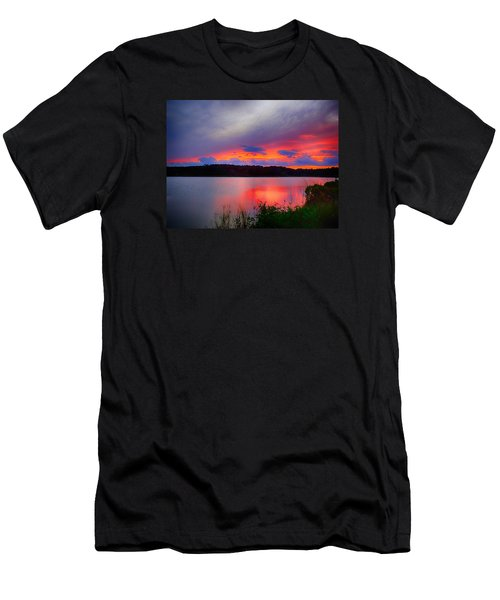 Men's T-Shirt (Athletic Fit) featuring the photograph Shelf Cloud At Sunset by Bill Barber