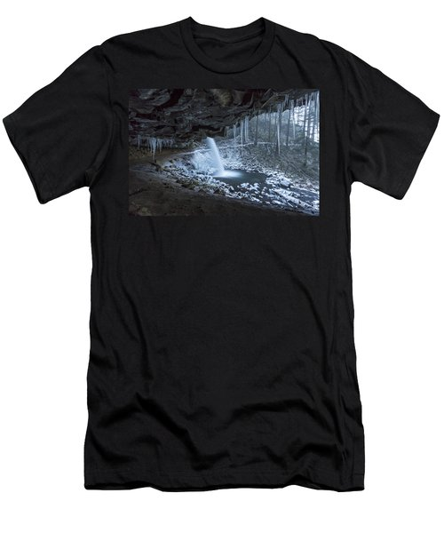 Sheltered From The Blizzard Men's T-Shirt (Athletic Fit)