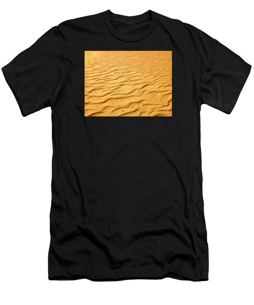 Shifting Sands Men's T-Shirt (Athletic Fit)