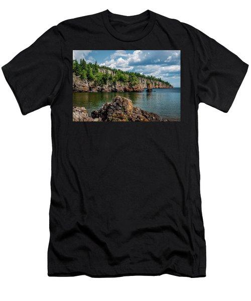 Shovel Point  Men's T-Shirt (Athletic Fit)