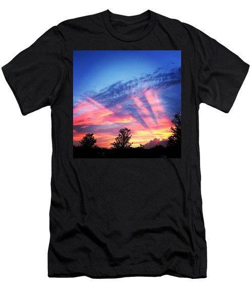 Showtime Sunset Men's T-Shirt (Athletic Fit)