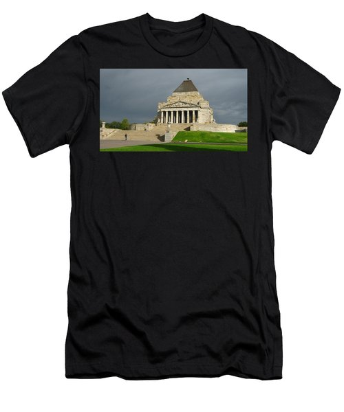 Shrine Of Remembrance Men's T-Shirt (Athletic Fit)