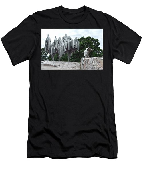 Sibelius Monument Men's T-Shirt (Athletic Fit)