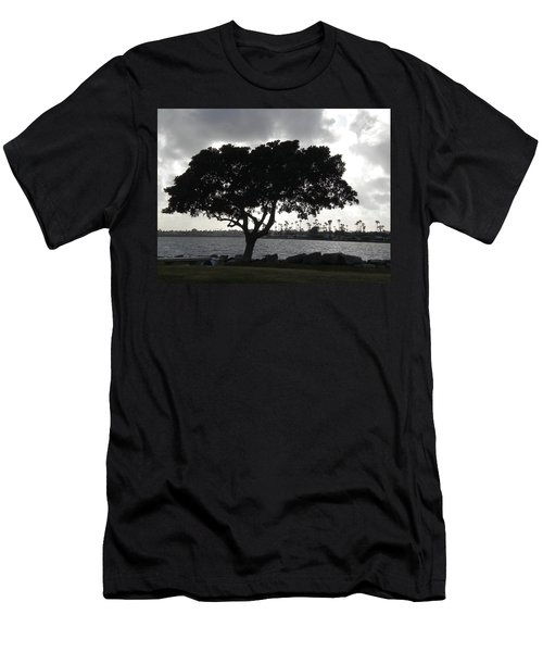 Silhouette Of Tree Men's T-Shirt (Athletic Fit)