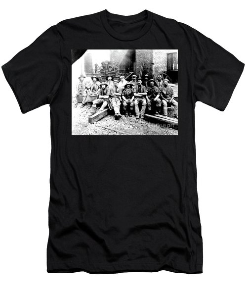 Sinkers,rossington Colliery,1915 Men's T-Shirt (Athletic Fit)