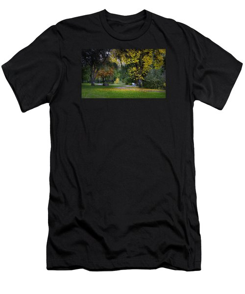 Skaha Lake Park Men's T-Shirt (Athletic Fit)