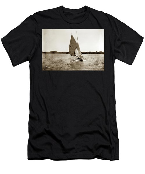 Skip Jack On The Missippipp River 1900 Men's T-Shirt (Athletic Fit)