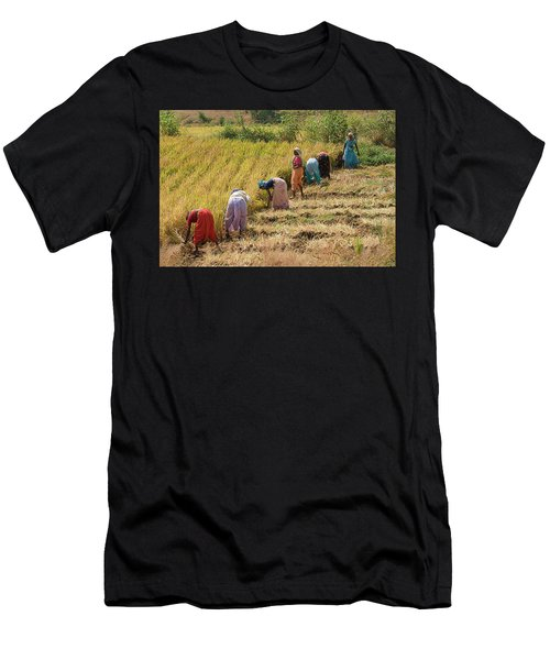 Skn 2610 United Errand Color Men's T-Shirt (Athletic Fit)
