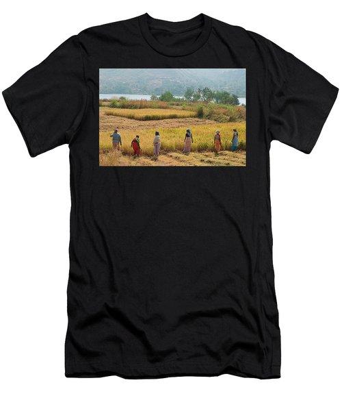 Skn 2617 Family Business Color Men's T-Shirt (Athletic Fit)