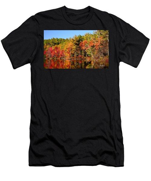 Sky Pond Men's T-Shirt (Athletic Fit)