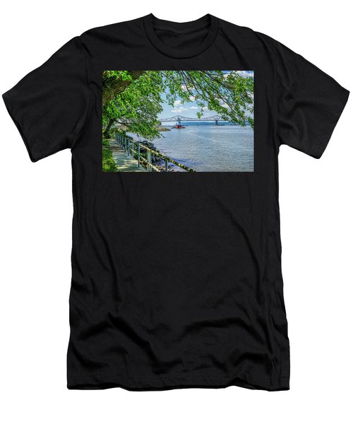 Sleepy Hollow/tarrytown Lighthouse Men's T-Shirt (Athletic Fit)