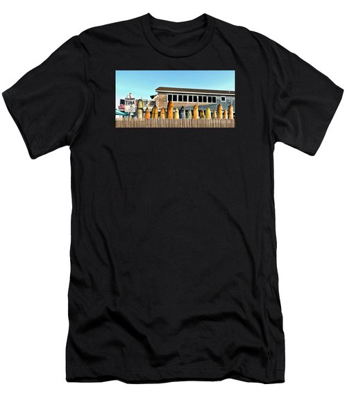 Sloppy Tuna Restaurant, Montauk Long Island Men's T-Shirt (Athletic Fit)