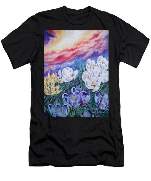 Flygende Lammet Productions      Snow Crocus Men's T-Shirt (Athletic Fit)