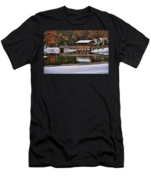 Snowy Bridge Men's T-Shirt (Athletic Fit)