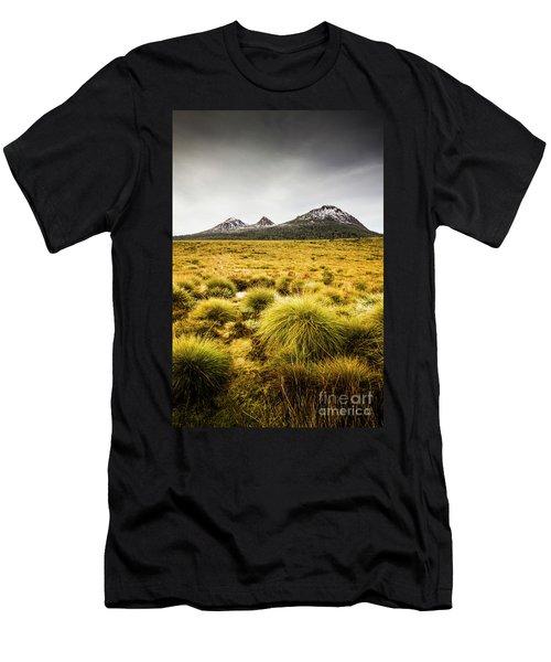 Snowy Tasmania Mountain Top Men's T-Shirt (Athletic Fit)