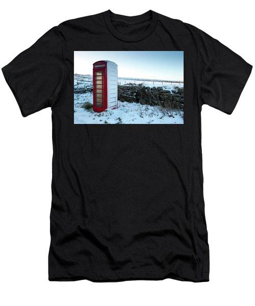 Snowy Telephone Box Men's T-Shirt (Slim Fit) by Helen Northcott