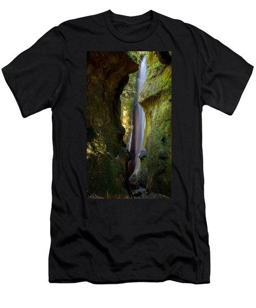 Sombrio Falls Men's T-Shirt (Athletic Fit)
