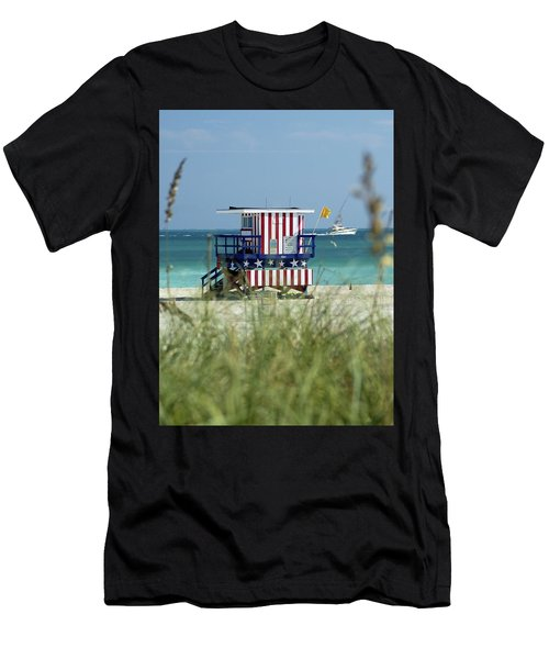 South Beach Men's T-Shirt (Athletic Fit)