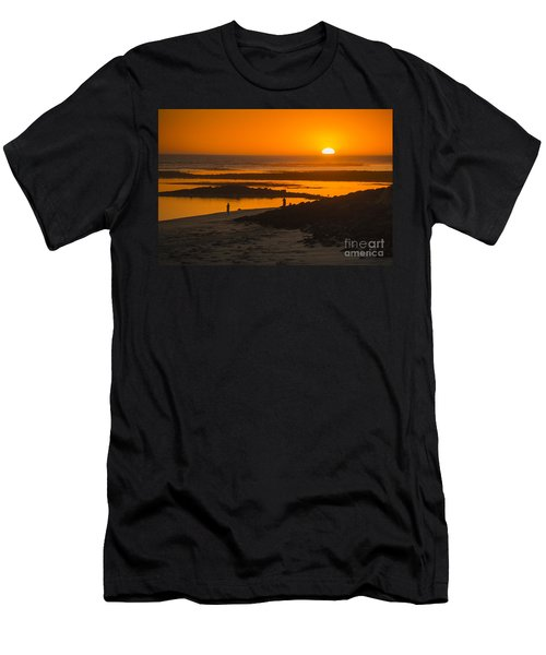 South Beach Sunset Men's T-Shirt (Athletic Fit)