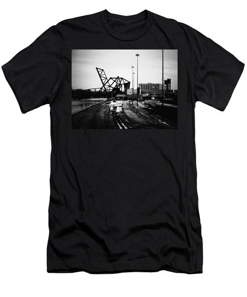 South Loop Railroad Bridge Men's T-Shirt (Athletic Fit)