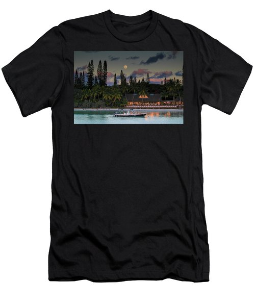 South Pacific Moonrise Men's T-Shirt (Athletic Fit)