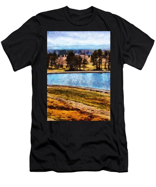 Southern Farmlands Men's T-Shirt (Athletic Fit)