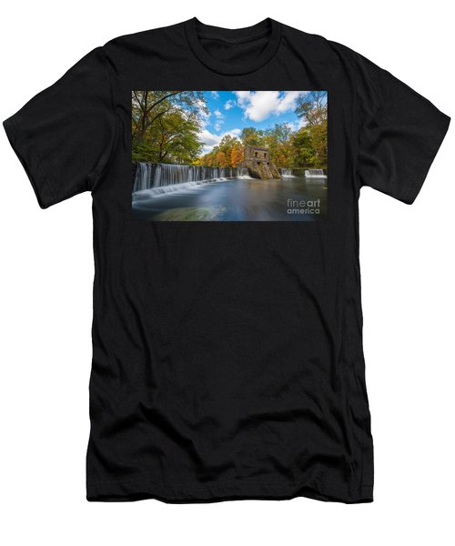 Speedwell Dam Fall Foliage Men's T-Shirt (Athletic Fit)