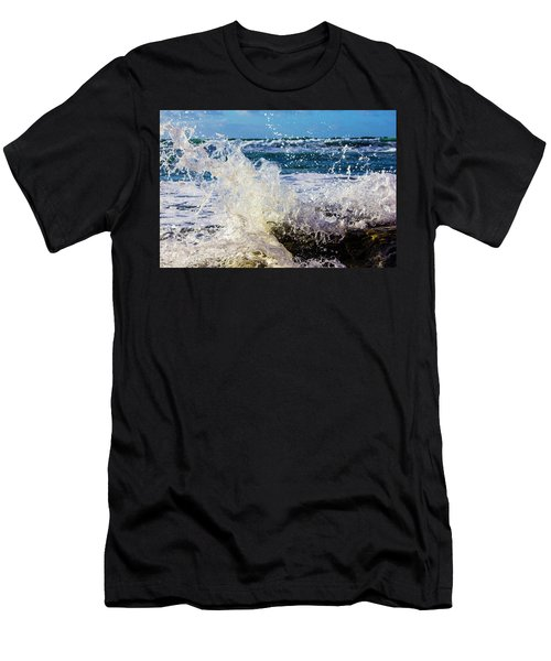 Wave Crash And Splash Men's T-Shirt (Athletic Fit)