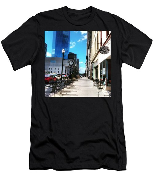 Spring Day In Downtown Lexington, Ky Men's T-Shirt (Athletic Fit)