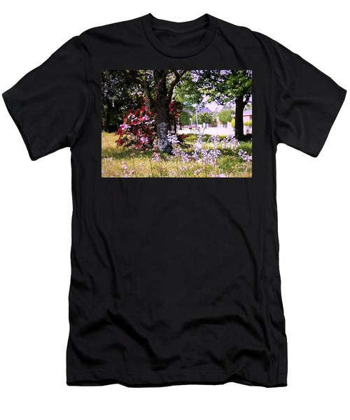 Spring In The Yard Men's T-Shirt (Athletic Fit)