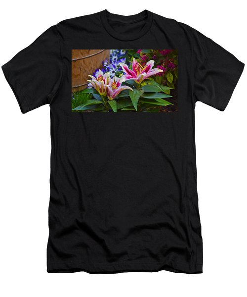Spring Show 15 Lily Trio Men's T-Shirt (Athletic Fit)